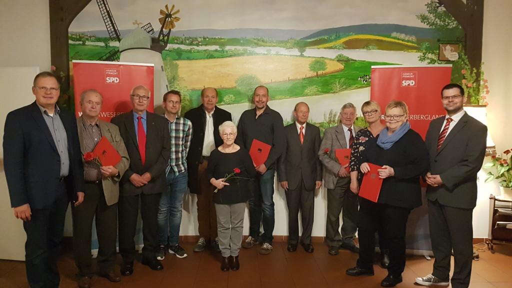 Bild 1 PM SPD Hameln ehrt insgesamt 435 Jahre Mitgliedschaft